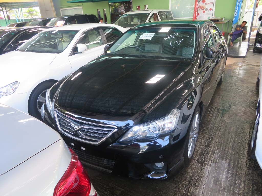 Toyota Mark X 2011 car for sale in Myanmar.