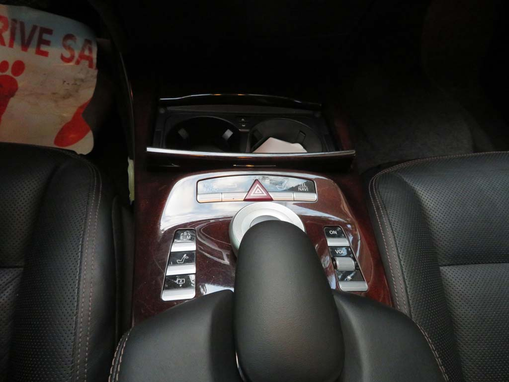 Mercedes-Benz S550 2012 used motor car for sale in Myanmar and price.