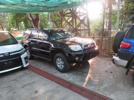 Toyota Hilux Surf 2006. car for sale in myanmar.