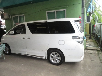 Toyota Vellfire 2013. car for sale in myanmar.