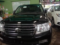 Buy Used Car Toyota Land Cruiser 2011. motor car for sale in myanmar car market and price.